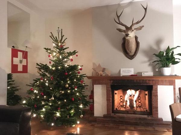 4 ideen um weihnachten nicht allein zu sein. Black Bedroom Furniture Sets. Home Design Ideas